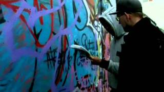 Утро с Губернией. Уроки граффити(Что нудно знать и уметь, чтобы научиться рисовать классные граффити? Рассказывает и показывает профессиона..., 2011-10-07T04:26:14.000Z)