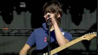Arctic Monkeys - Mardy Bum Live @ T In The Park 2006