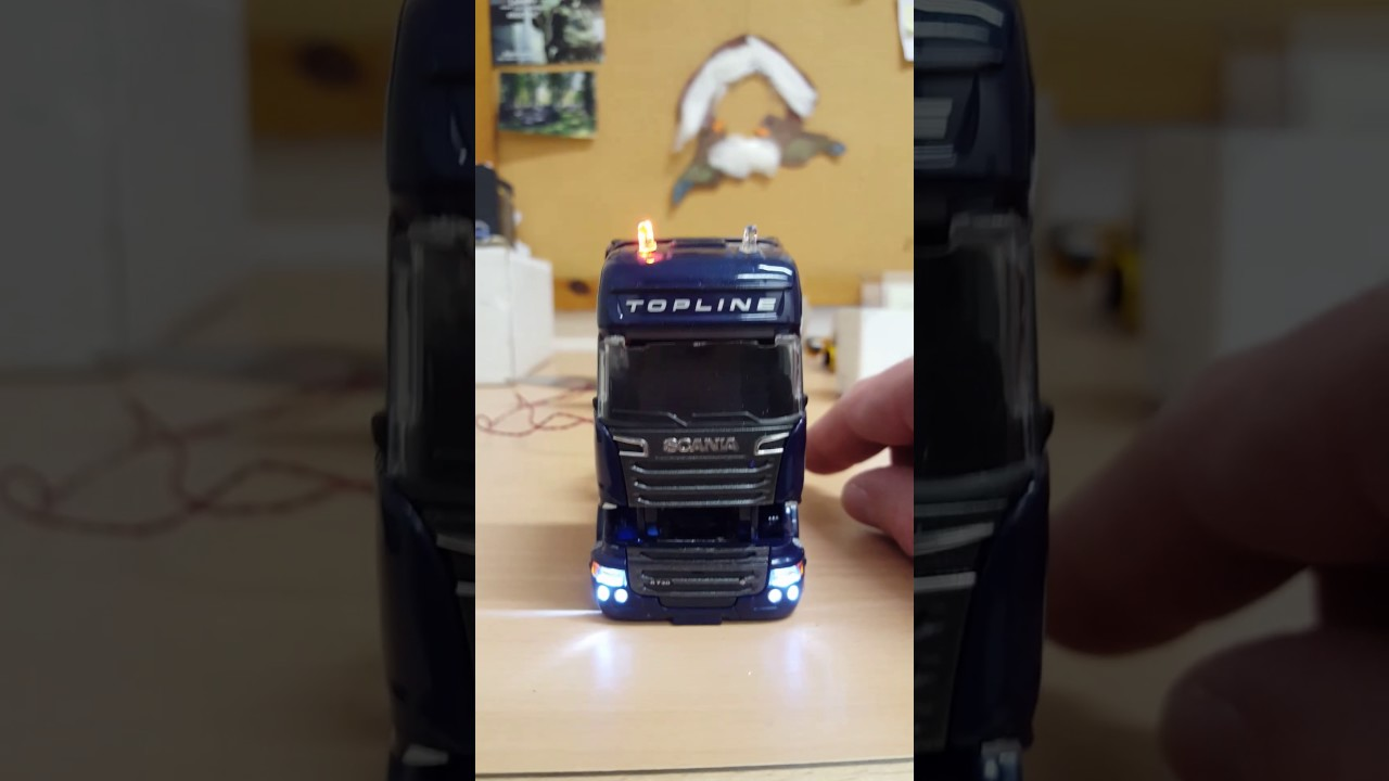 Schon LED BELEUCHTUNG Modell  LKW 1:50