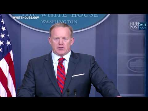 Thumbnail: Sean Spicer Responds To United Airlines Forcibly Removing Passenger