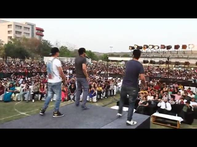YO YO HONEY SINGH WITH MAFIA-MUNDEER  AIT GURGAON Travel Video