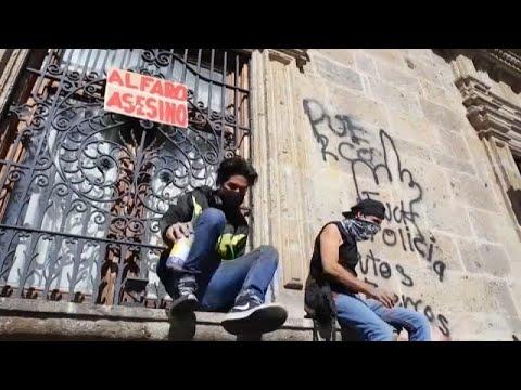 شاهد: مظاهرات بعد مقتل مكسيكي على يد الشرطة لعدم ارتدائه القناع الواقي من كورونا…  - 05:57-2020 / 6 / 6