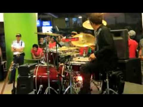 GIGI - PERDAMAIAN (COVER BY: GENERATOR BAND) JAZZ VERSION