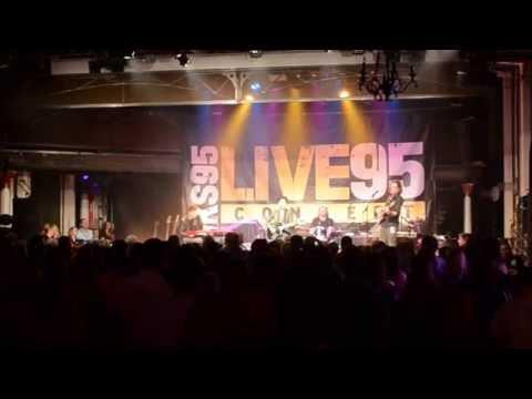 Vicci Martinez - Come Along [KS95 Live95 Performance]