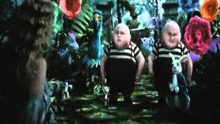 А кто такая Алиса Alice In The Wonderland