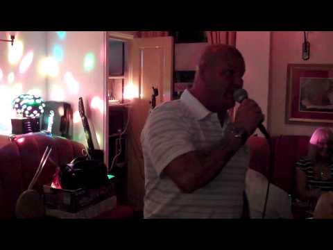 Curly Cols Karaoke Music Show - Presents - Mark - Boy Named Sue.MP4
