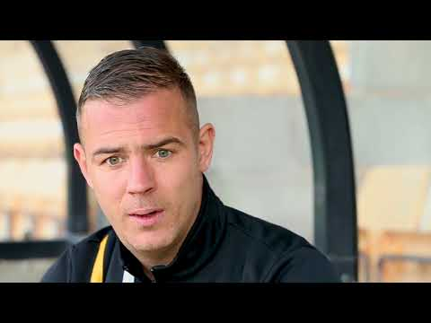 Tom Pope - Sky Bet League Two Player of the Month