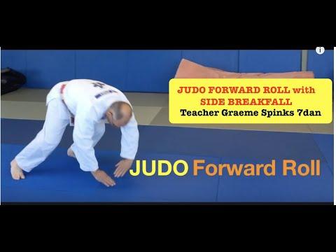 JUDO FORWARD ROLL:  shoulder roll,  by 7dan judo coach Graeme Spinks