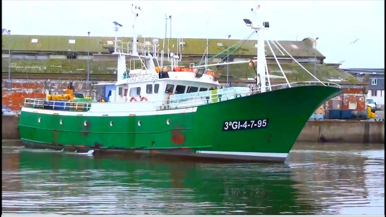 bateau de peche hauturier