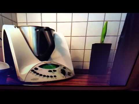 thermomix rezept zucchini gurken s sauer youtube. Black Bedroom Furniture Sets. Home Design Ideas