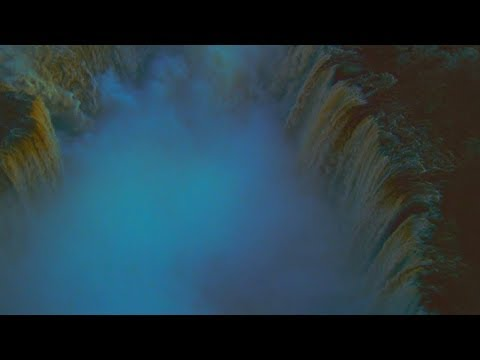 Happy Together (1997, Wong Kar-Wai) - Opening scene with a waterfall (Cucurrucucu Paloma)