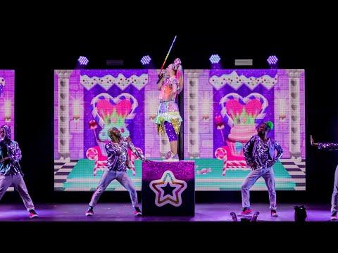 JoJo Siwa - EVERYDAY POPSTARS (Official Live Performance Video)