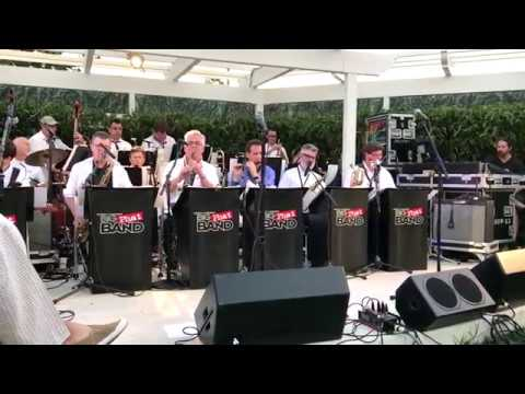 """""""Rhapsody In Blue"""" - The Big Phat Band (Live At High Hopes)"""