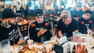 Gambar cover Behind the Scenes at FaZe Clan's $647,500 TwitchCon Win