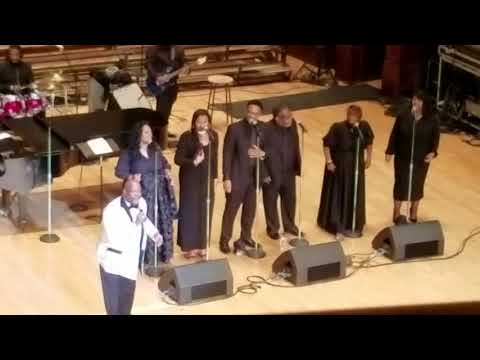 """Marvin Winans """"Draw me close to you/Thy will be done"""""""