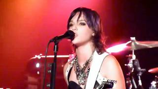 Watch Halestorm Love Hate Heartbreak video