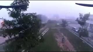 Video SYMA X8HW WITH YI CAM DRONE INDONESIA - SELAMAT PAGI BEREMBUN download MP3, 3GP, MP4, WEBM, AVI, FLV Oktober 2018