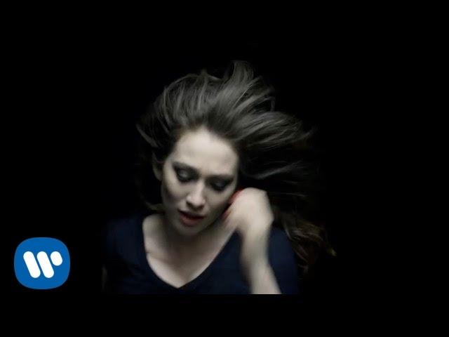 regina-spektor-all-the-rowboats-official-music-video-reginaspektor
