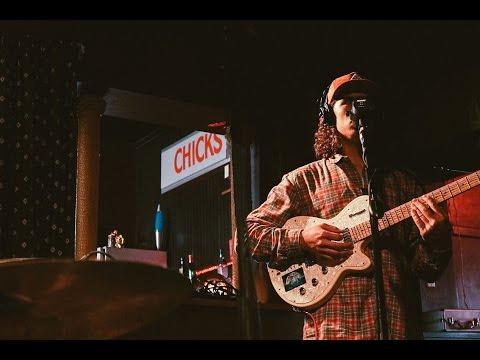 Gromz - Johnny (Live Session at Chicks...
