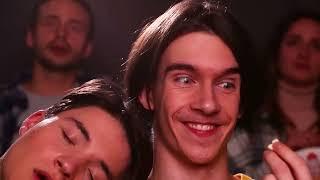 طرق مجنونة لتهريب السناكس للسينما! 15 طريقة لتهريب الأكل ومواقف مضحكة