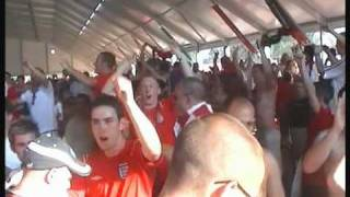 England Supporters Sing Vindaloo Portugal 2004 (v2)