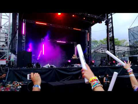 Dash Berlin @ EDC NYC 05-18-13 Rihanna - Stay
