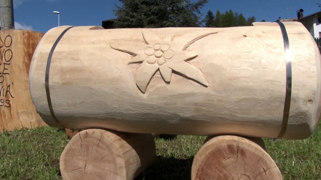 Fioriere in tronchi di legno massiccio arredo giardino in for Arredo per giardino in legno