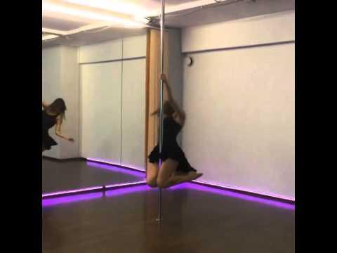 Алена Водонаева и pole dance