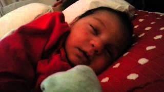 Video Uykuda gulen bebek Mira download MP3, 3GP, MP4, WEBM, AVI, FLV Desember 2017