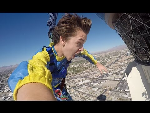 JUMPING OFF A HOTEL IN LAS VEGAS [Stratosphere Sky Jump]