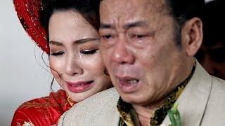 Rơi nước mắt trước cảnh hai cha con cô dâu ôm nhau khóc trong ngày cưới