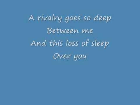 FALL OUT BOY- Dead On Arrival Lyrics
