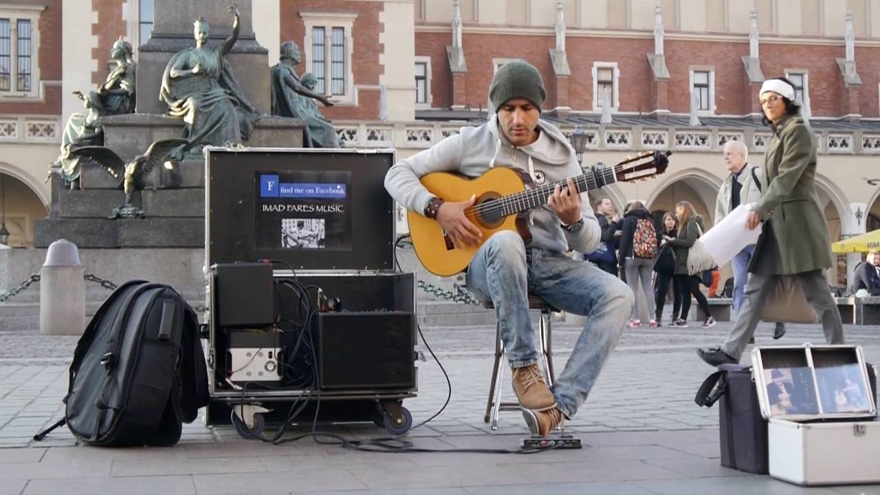 """Amazing street guitar performance by Imad Fares """" Gipsy Kings """" cover #1"""