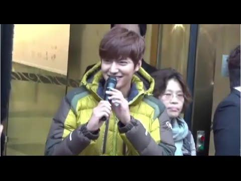 Lee Min Ho - Meet fan at airport