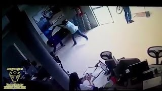 Download lagu Security Guard Has Deadly Gunfight With Two Armed Robbers