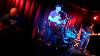 Ting & Ra & The Irie's - Babylons Burning (The Rutts) 10/06/11 @ The Hat Factory Luton.MP4