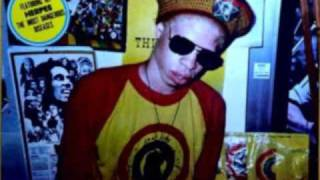 Album: King Mellow Yellow Meets Yellowman - 1982 Producer : Tony Ro...