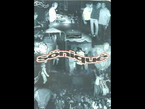 Abel Ramos @ 10 Años de Música - Söniquè (30-06-2001)