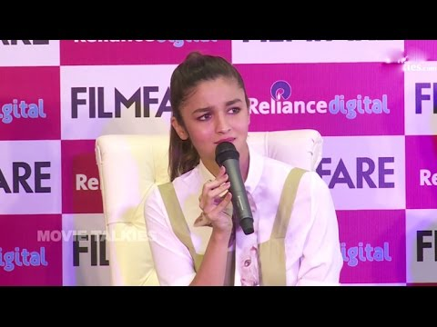 Alia Bhatt's SHOCKING Insult To Reporters DUMB Question