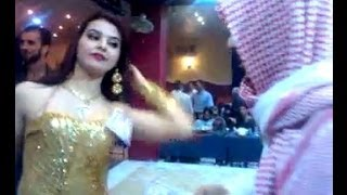 Repeat youtube video Oil sheikh throws away 2 million dollars !!!!!2M Arab mujra 2014