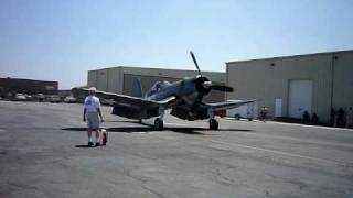 f4u 1 corsair statup and fly over