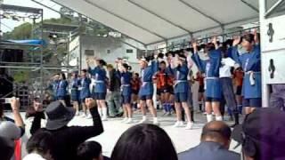 平成23年4月30日尾道みなと祭りで「てっぱん」村上兄弟の欽にいと...