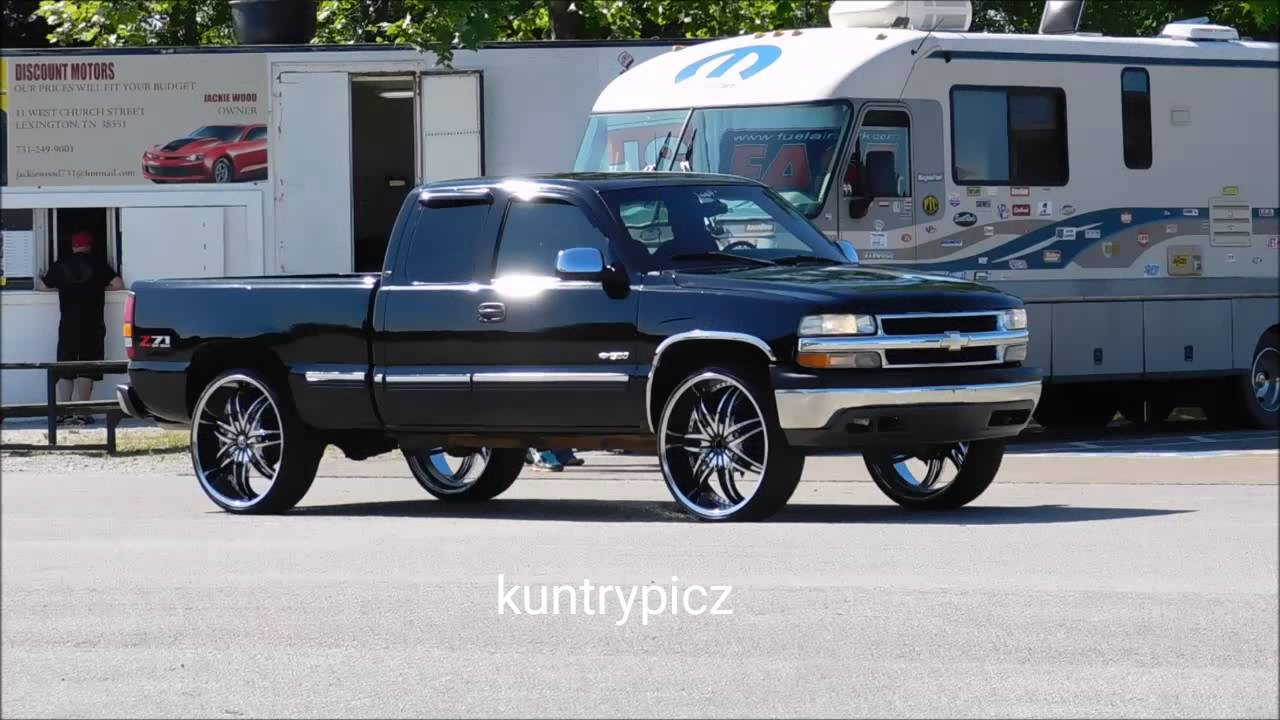 Truck black chevy truck : Black Chevy truck black & chrome rims - YouTube