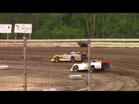 Hummingbird Speedway (6-16-18): Swanson Heavy Duty Truck Repair Semi-Late Model Heat Race #1