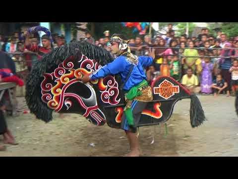 Kuda Kepang Full Solah...Tari Kuda Kepang Enam Jaranan Rogo Samboyo Putro Live Drenges