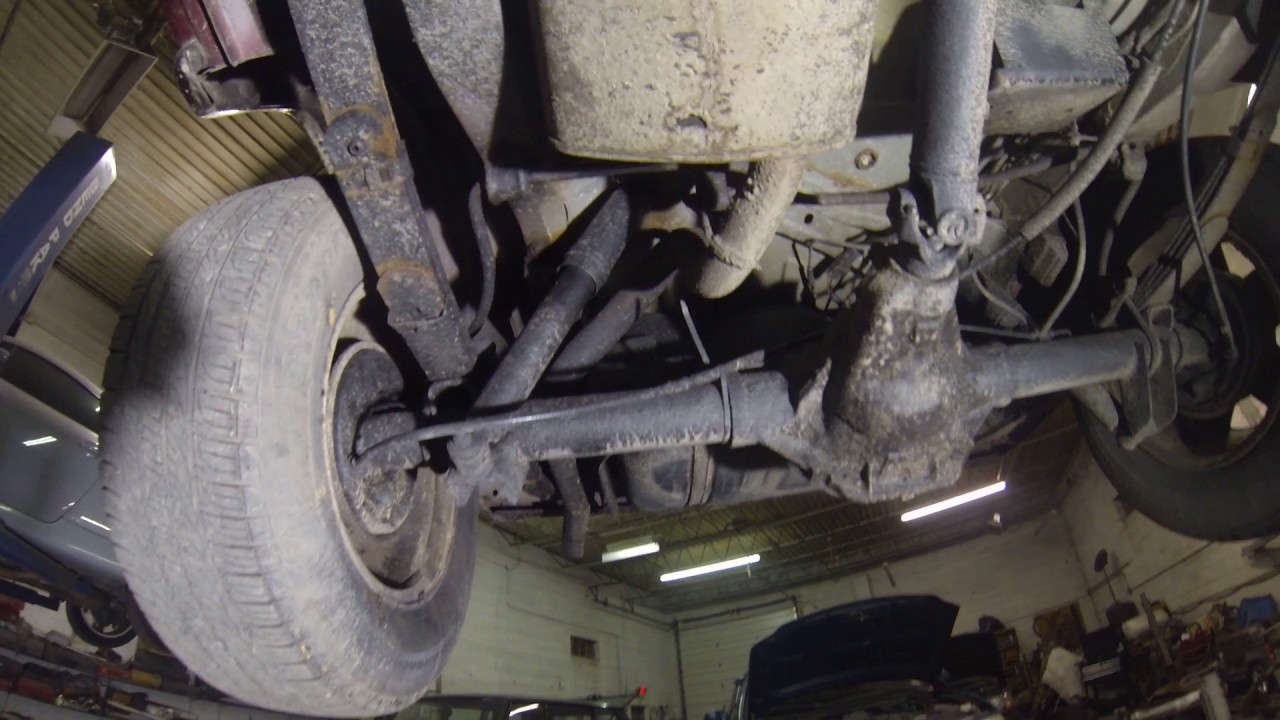 2000 Jeep Cherokee Limited XJ 4x4 Undercarriage Video ...