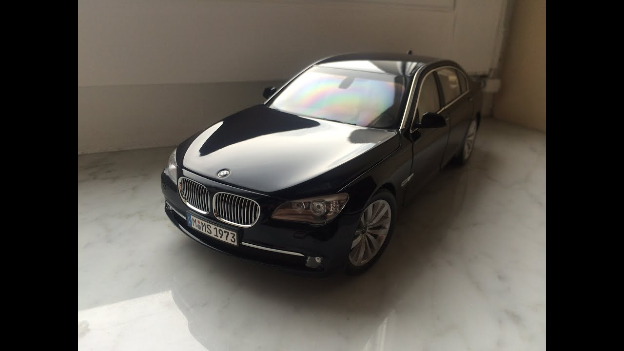 bmw 750li f01 kyosho 1 18 diecast model car youtube. Black Bedroom Furniture Sets. Home Design Ideas