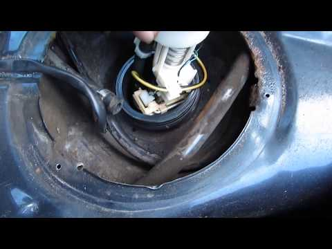 How to Replace Fuel Pump VW Golf 2 / Jetta Mk2