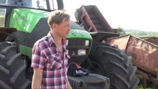 Тракторный парк фермерского хозяйства Урожайное(Фермер Александр Пеньшин, главный агроном хозяйства Урожайное (Рязанская область) рассказывает о тракторн..., 2013-07-19T17:18:55.000Z)