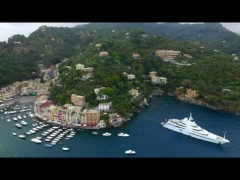 HD Drone Video - Flight Over Portofino, Costa de Italia